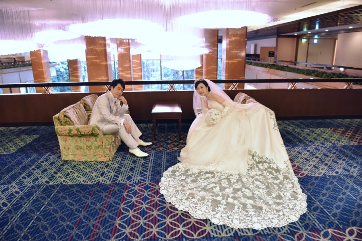 リーガロイヤルホテル大阪での結婚式に持ち込みカメラマンとして撮影に行った全カットのデータ付きの写真
