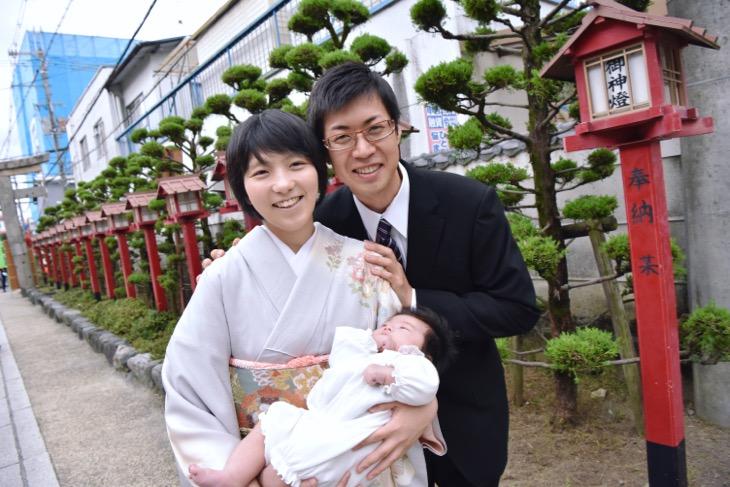 茨木神社でお宮参りの記念写真と時の駐車場の場所