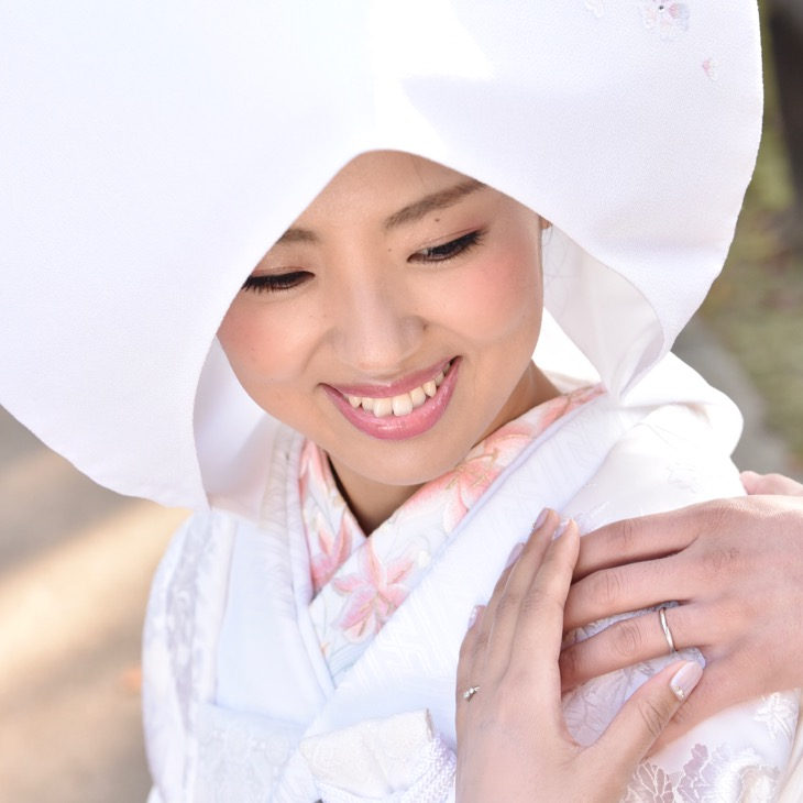全カットのデジタルデータ付きの和装前撮りの白無垢綿帽子と色打掛けの写真