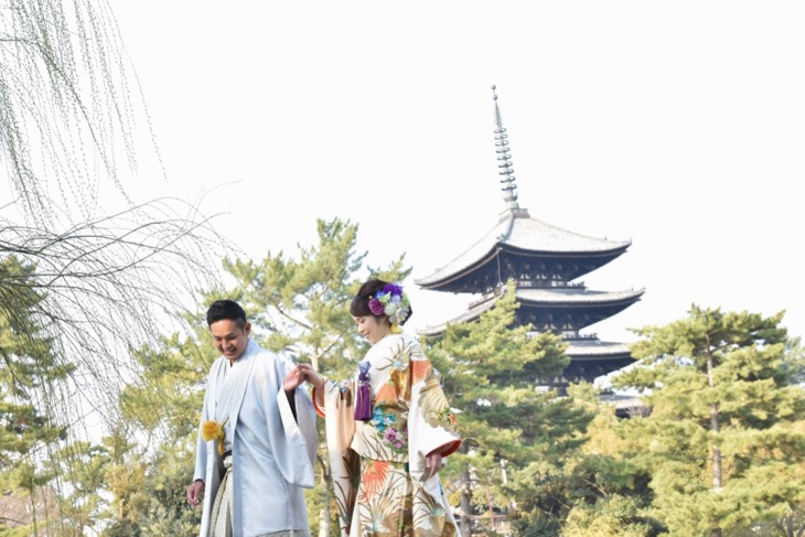 結婚式の前撮りを奈良で和装の洋髪の髪型でヘアスタイルのデータ付き写真