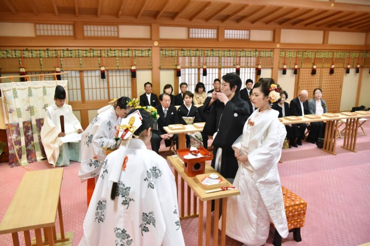 大神神社の結婚式の写真
