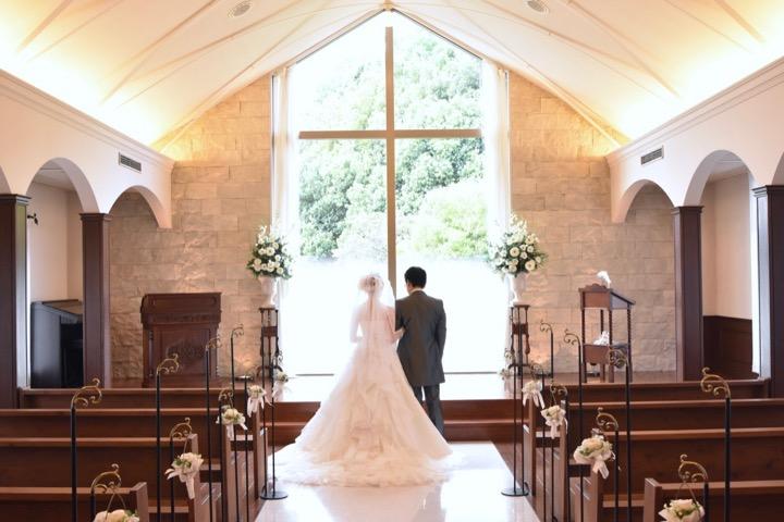 データ付きのフォトウエディングと写真だけの結婚式