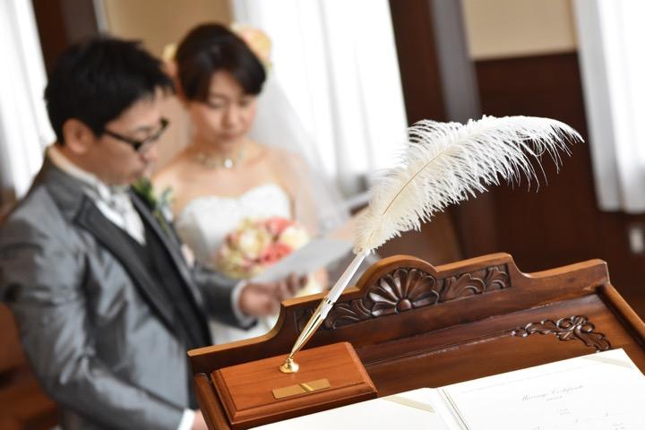 データ付きの和装のフォトウエディングと写真だけの結婚式