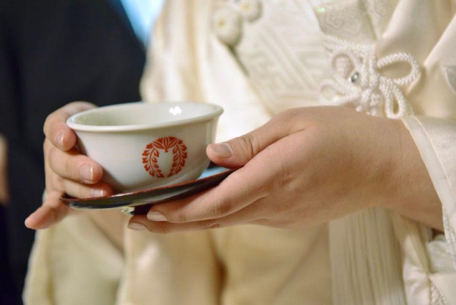 春日大社の結婚式で白無垢綿帽子の写真