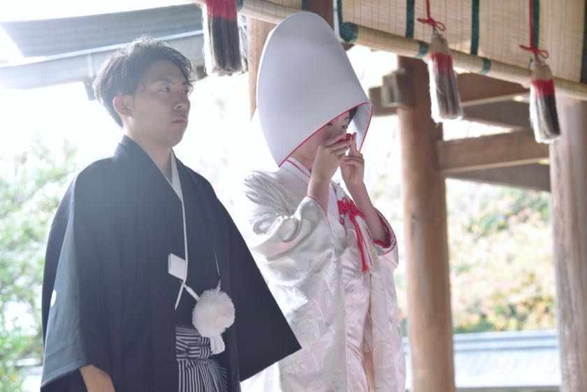 吉野神宮結婚式の新郎新婦の写真