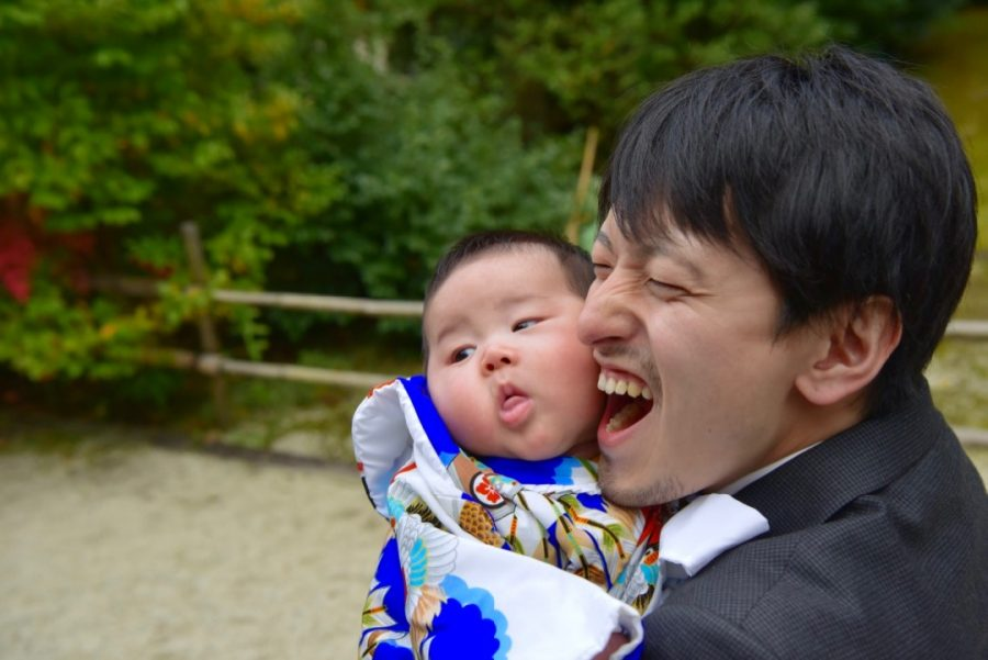 わら天神宮でお宮参りの赤ちゃん写真