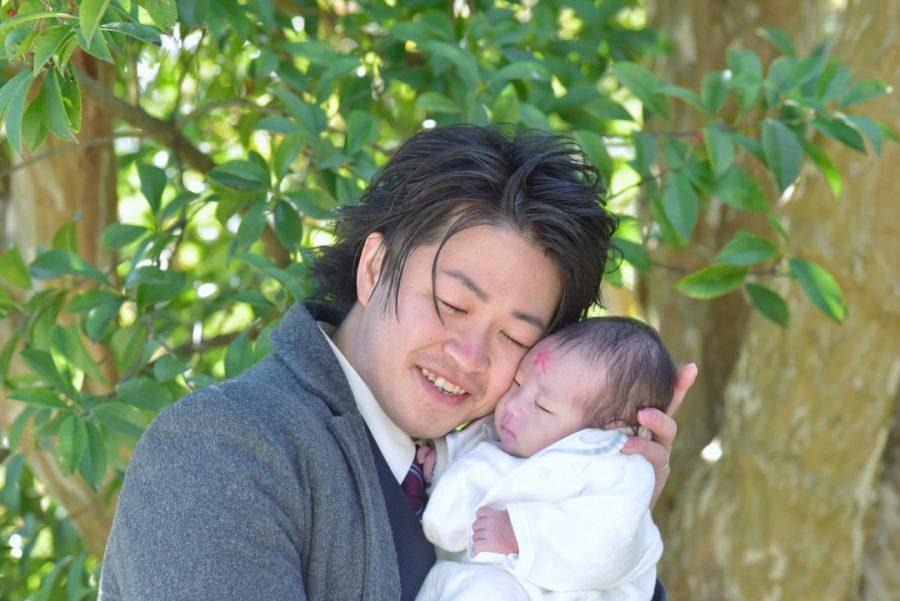 えびす宮総本社西宮神社でお宮参りの赤ちゃんと家族写真