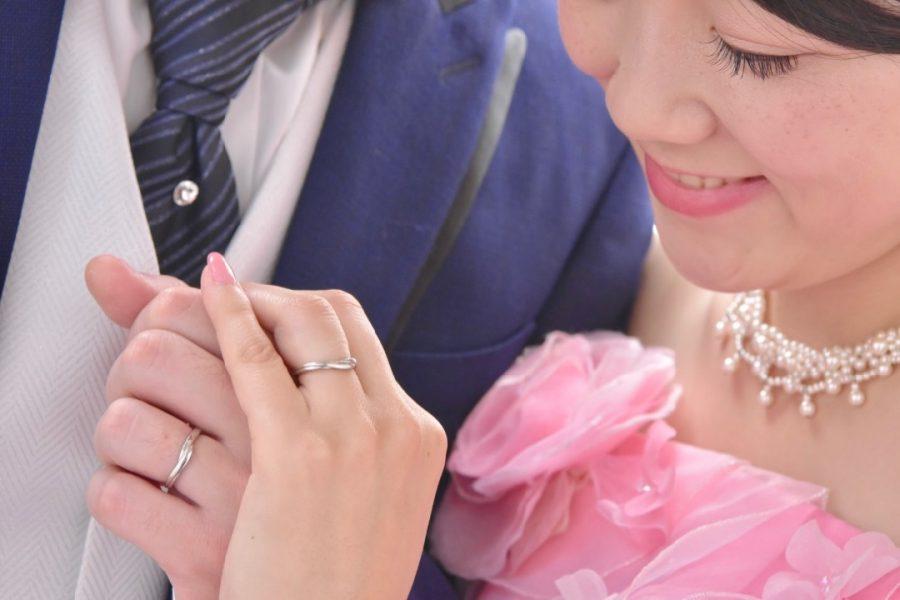 チャペルでドレスのフォトウエディングの写真