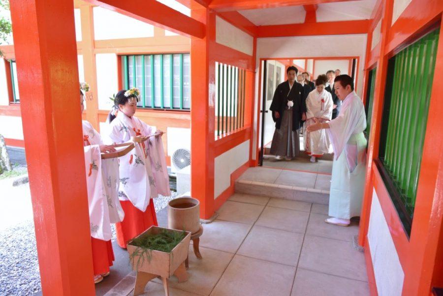 熊野速玉大社の結婚式の白無垢衣装写真