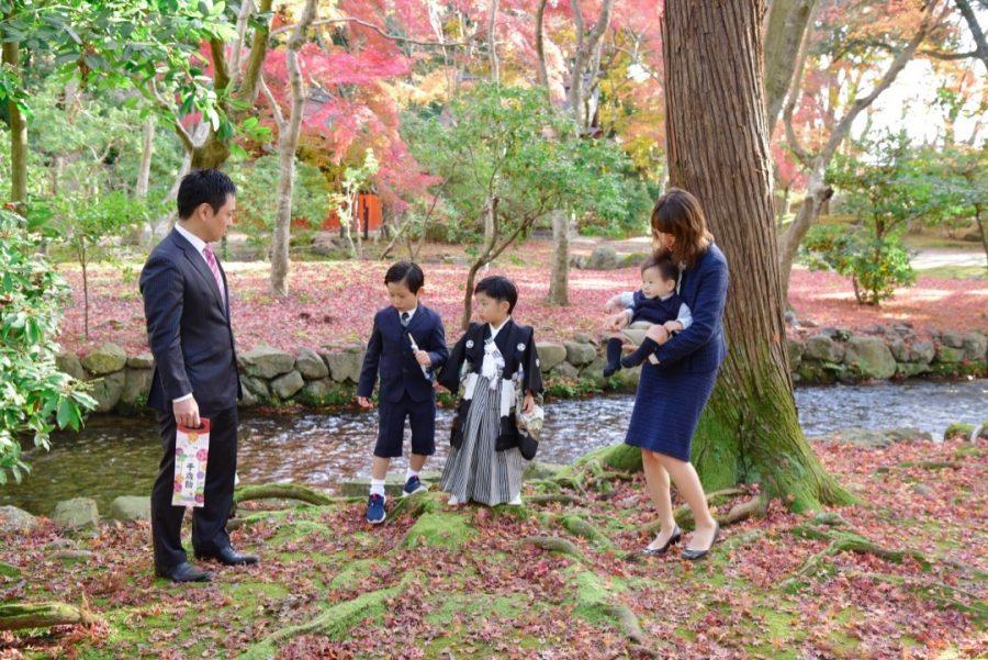 上賀茂神社で七五三の記念写真撮影