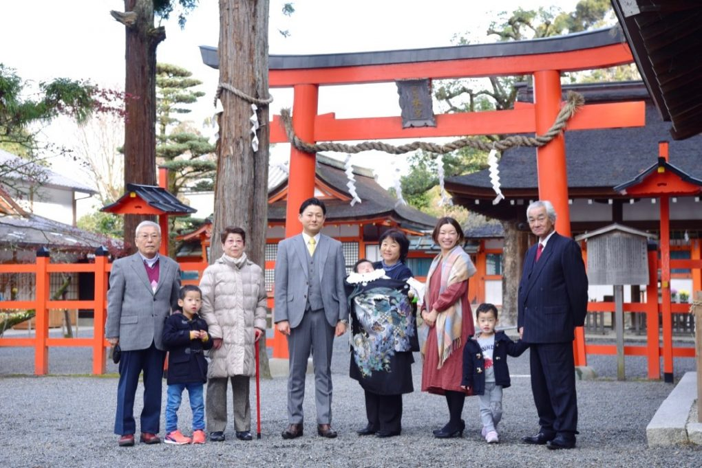 京都吉田神社でお宮参りの出張記念写真撮影