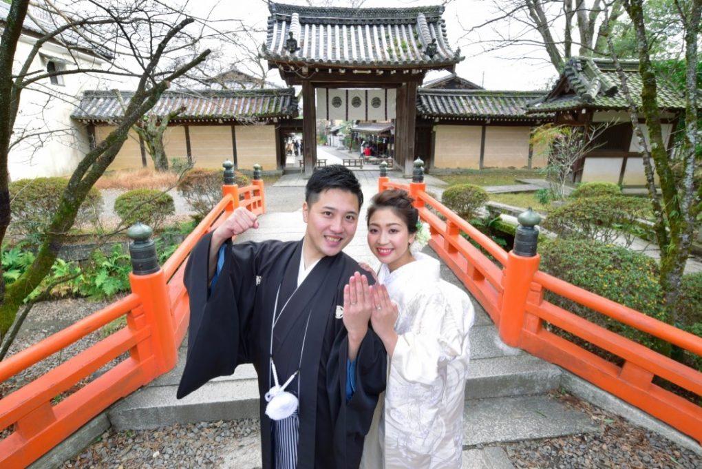 京都の神社と竹林で和装の前撮り写真撮影