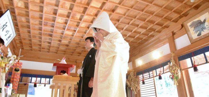 白無垢カツラ綿帽子で熊野本宮大社での結婚式
