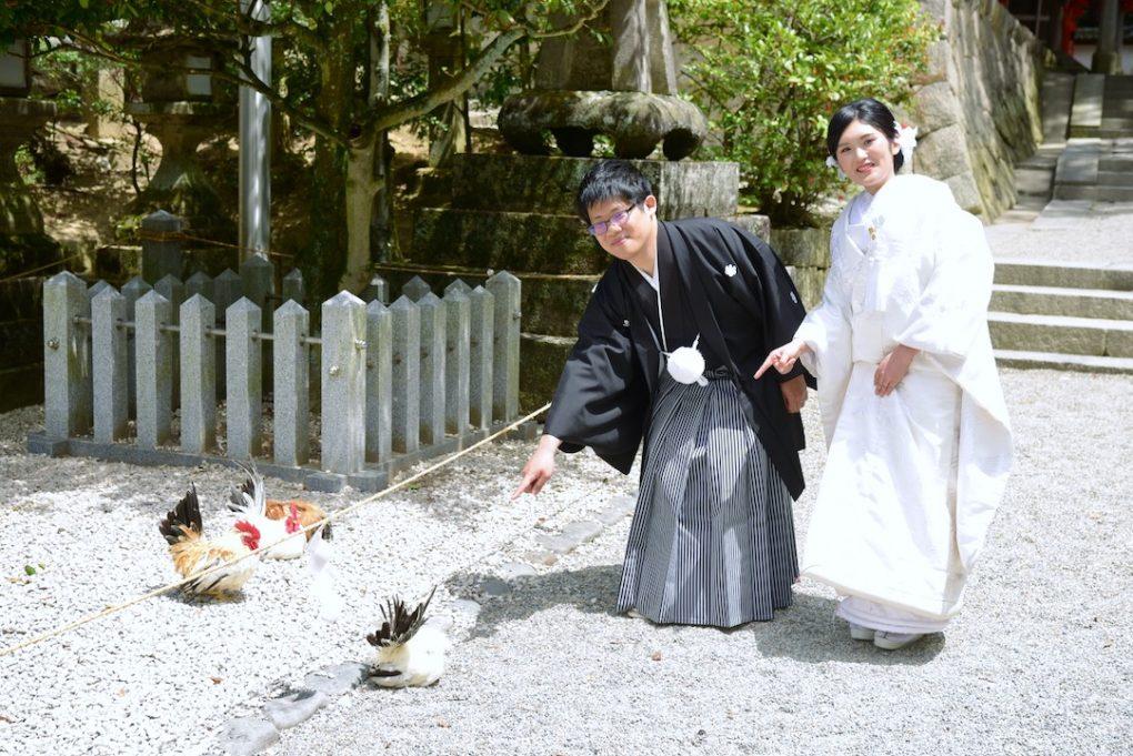 石上神宮での白無垢と色打掛けの洋髪での結婚式