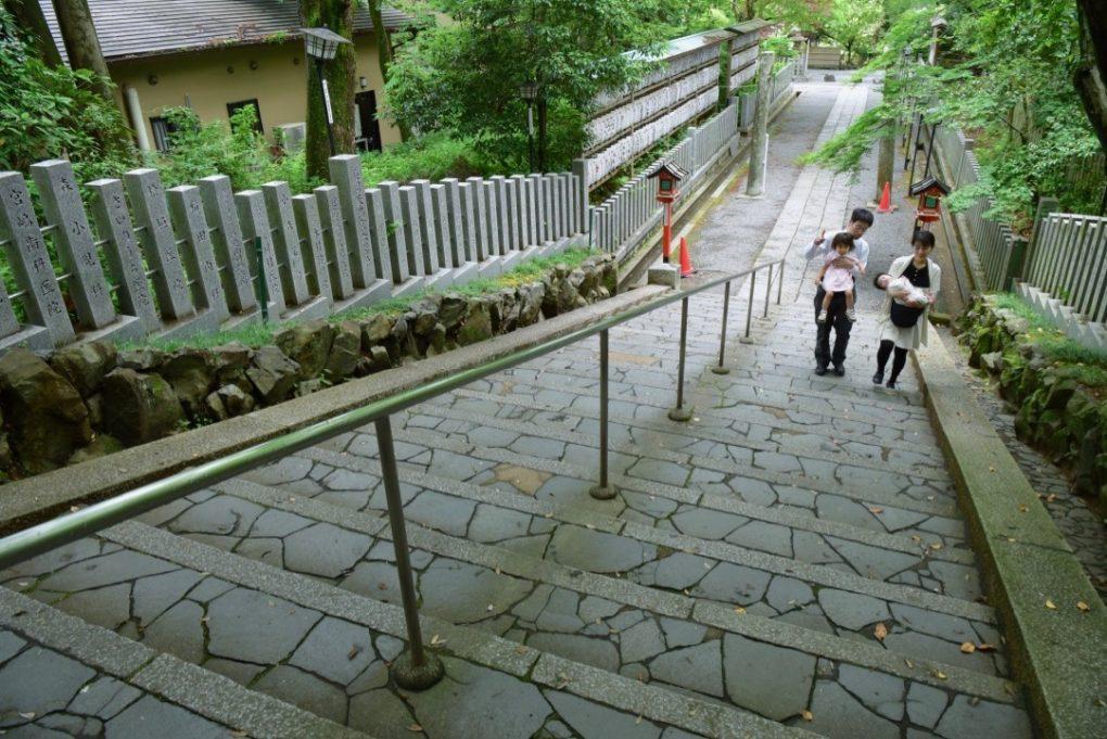長岡天満宮でお宮参りの記念写真