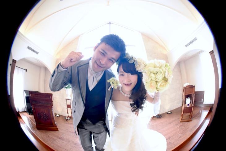 ウエディングドレスでチャペルで撮る全カットのデータ付きのフォトウエディングの写真