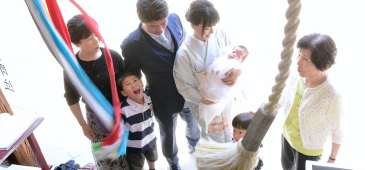 小泉神社のお宮参りは兄弟二人が大暴れで!写真10枚で紹介